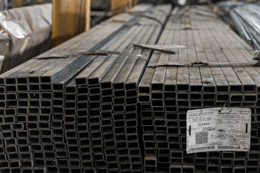 Труба профильная стальная прямоугольного сечения от производителя в «Арес Сталь»